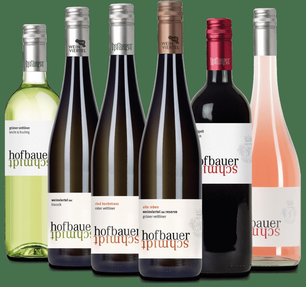Mehrere verschiedene Weinflaschen